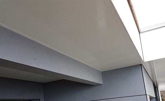 Dessous de toit renove lambris PVC