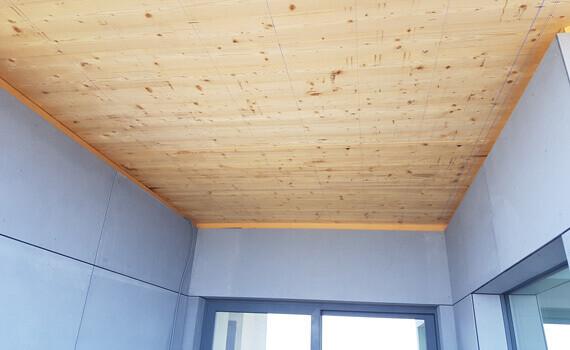 Dessous de toit en lambris bois