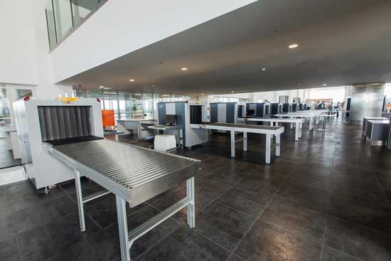 lanieres PVC dans les aeroports
