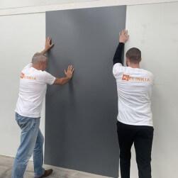 Plaque PVC gris foncé 2 mm satinée pour rénover vos murs