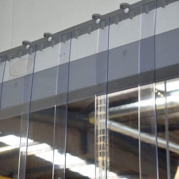 transparent protection contre les /&eacu compl/ètement pr/é-assembl/é r/ésistant aux intemp/éries Rideau /à lani/ères en PVC Rideau industriel /à lani/ères 2x200mm rails de montage galvanis/és