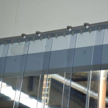 transparent protection contre les /&eacu Rideau /à lani/ères en PVC Rideau industriel /à lani/ères 2x200mm r/ésistant aux intemp/éries rails de montage galvanis/és compl/ètement pr/é-assembl/é