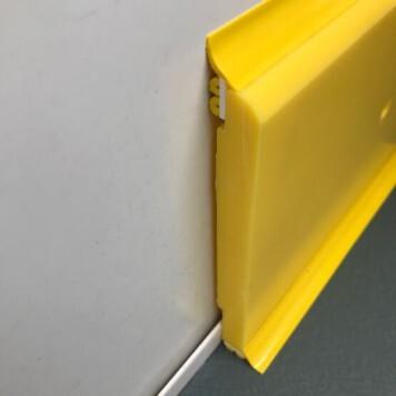Plinthe à joints souples Polyéthylène jaune