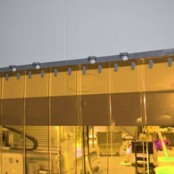Rideau standard anti insecte transparent recouvrement 100%